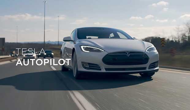 """tesla autopilot1 26 01 16 - Tesla: le modalità """"auto-pilota"""" in un video"""