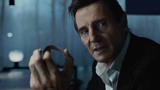 "lg oled spot2 02 02 16 - LG OLED TV Signature: spot ""Super Bowl"" con Liam Neeson"