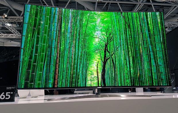 samsung ks9000 15 02 2016 - Samsung KS9000 e KS8000: LCD Ultra HD curvi e piatti