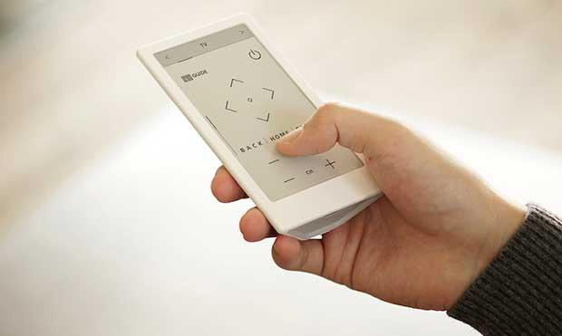 sony huis 1 15 02 16 - Sony Huis: telecomando universale con touch-screen E-Paper