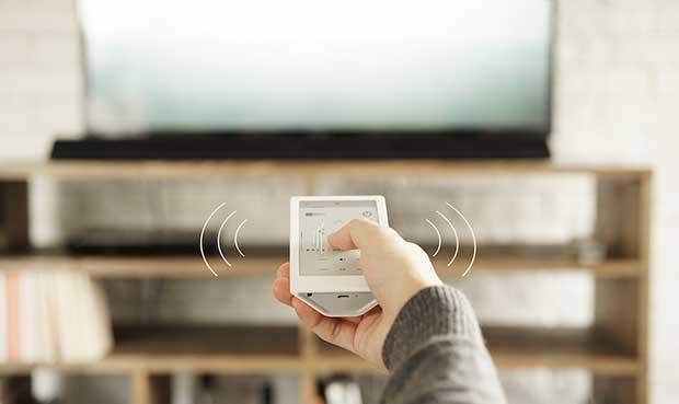 sony huis 3 15 02 16 - Sony Huis: telecomando universale con touch-screen E-Paper