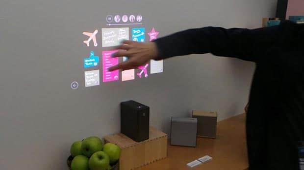 sony xperia projector 2 24 02 2016 - Sony Xperia Projector: proiettore compatto con controllo touch