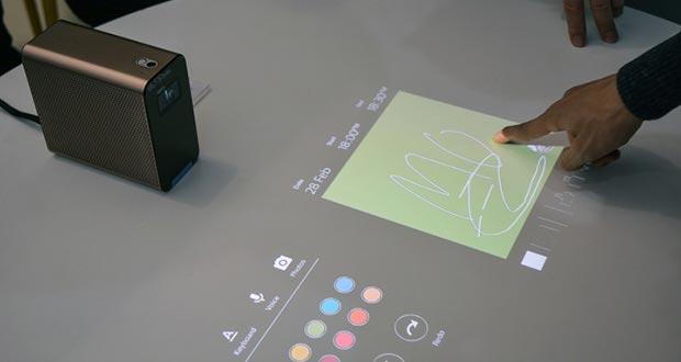 sony xperia projector evi 24 02 2016 - Sony Xperia Projector: proiettore compatto con controllo touch