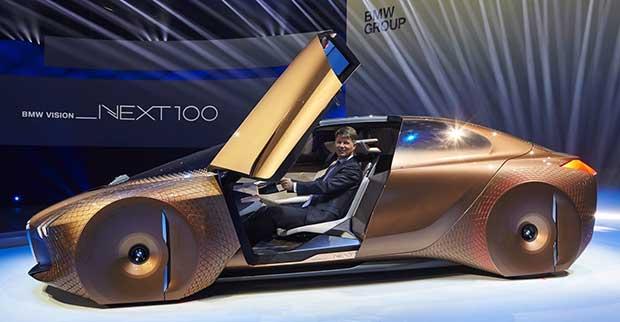bmw concept 2 08 03 16 - BMW Vision Next 100: auto concept del futuro