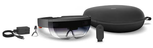 hololens 1 07 03 16 - Microsoft HoloLens: il kit sviluppatori in pre-ordine a 3.000$