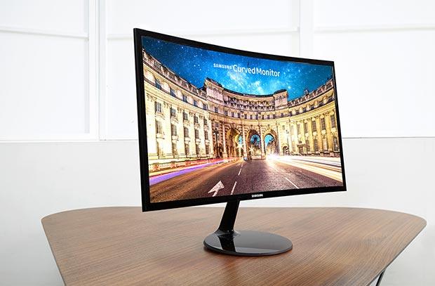 samsung CF390 2 01 03 2016 - Samsung: tre nuovi monitor LCD curvi Full HD con FreeSync