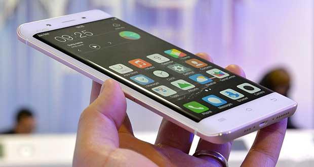 "vivo xplay5 2 03 03 16 - Vivo Xplay5: smartphone ""Edge"" con 6GB di RAM e DAC ESS"