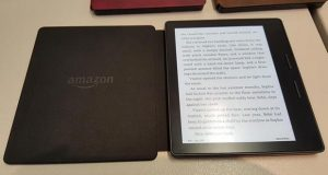 "kindle oasis evi 14 04 2016 300x160 - Kindle Oasis: e-reader da 6"" con doppia batteria"