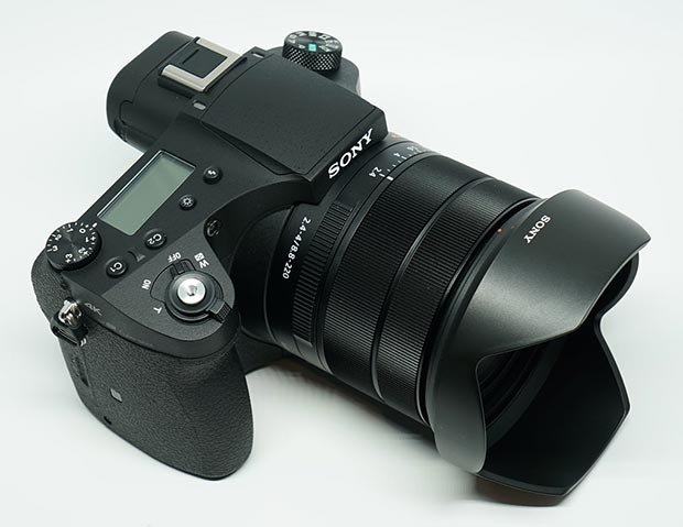 sony rx10iii 3 05 04 2016 - Sony RX10 III: fotocamera bridge da 20,1MP con video in UHD