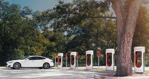 tesla evi 11 04 16 300x160 - Tesla: colonnine Supercharger in tutta Italia entro la fine del 2016
