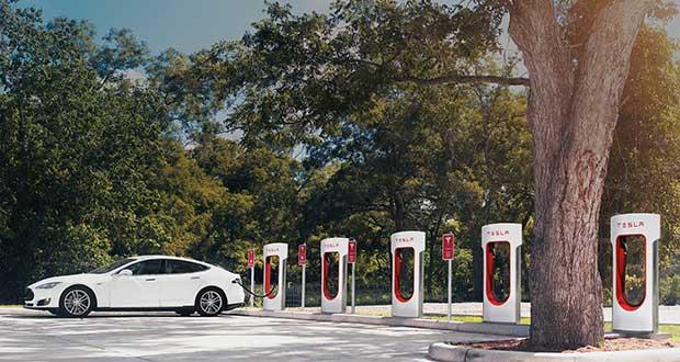 tesla evi 11 04 16 - Tesla: colonnine Supercharger in tutta Italia entro la fine del 2016