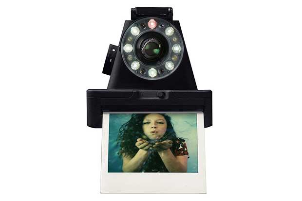 impossibile i1 1 13 05 16 - Impossible I-1: il ritorno della fotografia istantanea stile Polaroid