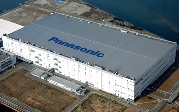 panasonic himeji 02 06 2016 - Panasonic: stop alla produzione di pannelli TV LCD