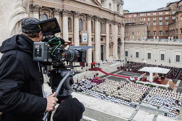 Chiusura porta santa 4K 1 18 11 16 - Chiusura Porta Santa in diretta Ultra HD su Tivùsat