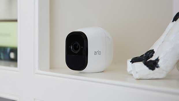 arlo pro 1 09 02 17 - Netgear Arlo Pro: sorveglianza wireless, ricaricabile e impermeabile