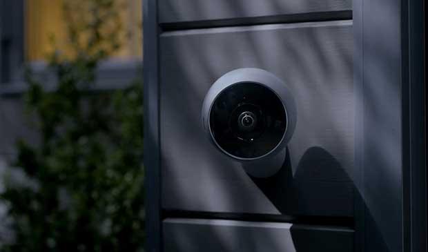 """circle2 2 13 06 17 - Logitech Circle 2: webcam sicurezza """"smart"""" da interni / esterni"""