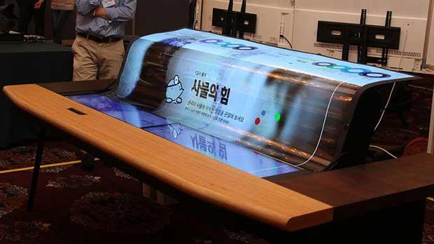 "lg oled trasparente flex 2 22 06 17 - LG: OLED trasparente e flessibile Ultra HD da 77"""