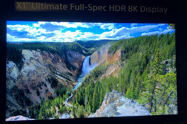 "Sony X1 Ultimate 3 - Sony: TV 8K da 85"" con processore X1 Ultimate e 10.000 nits"