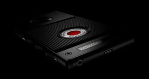 red hydrogen evi 300x160 - RED Hydrogen: lo smartphone olografico arriva in estate