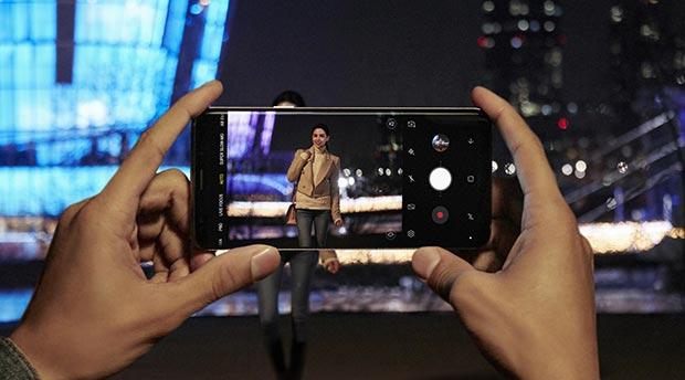 samsung galaxy s9 2 - Samsung Galaxy S9 e S9+: smartphone con fotocamera a doppia apertura