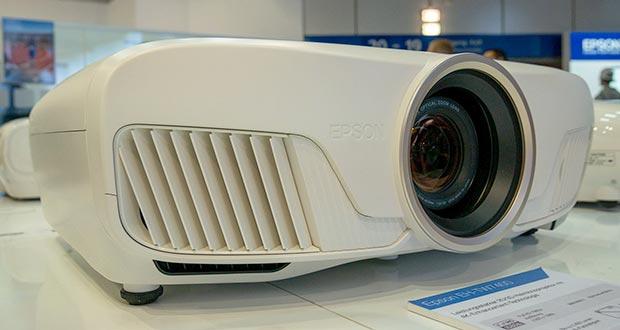 epson tw7400 - Epson annuncia i proiettori 3LCD EH-TW9400W, EH-TW9400 ed EH-TW7400