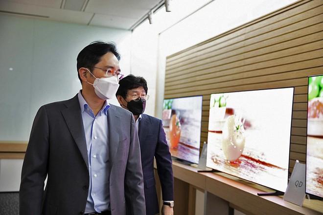 samsung qd oled 1 25 08 20 - Samsung QD-OLED in arrivo nel 2022 anche per Sony?