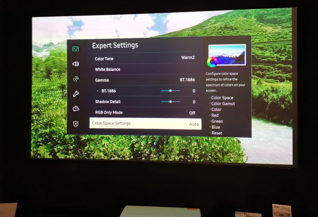 samsung LSPT7 8 30 10 20 1024x701 - Samsung LSP7T: primo contatto con il proiettore Laser a tiro ultra corto