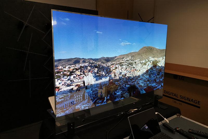 lg oled trasparente 6 20 11 20 - LG OLED Trasparente 55EW5F: l'abbiamo provato e misurato!