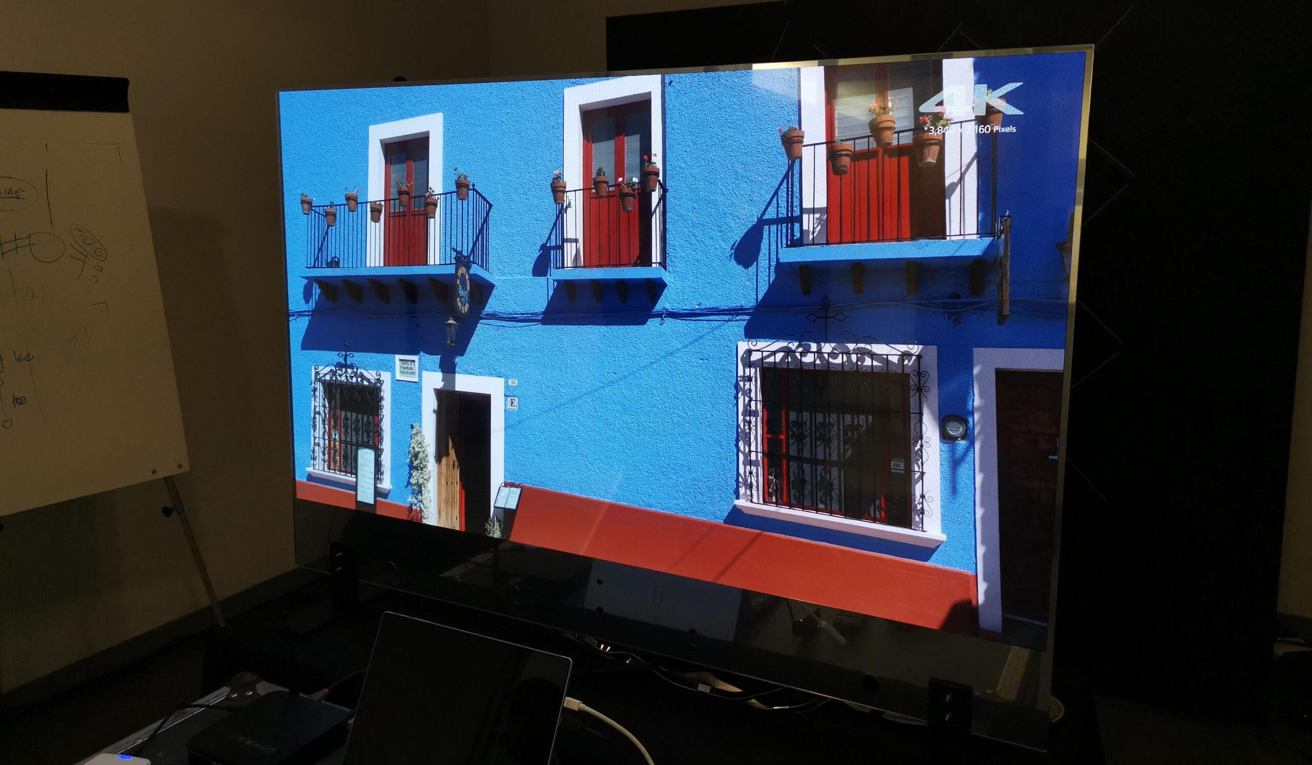 lg oled trasparente 7 20 11 20 scaled - LG OLED Trasparente 55EW5F: l'abbiamo provato e misurato!